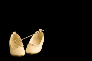 princesss-shoes-and-wand-300×200