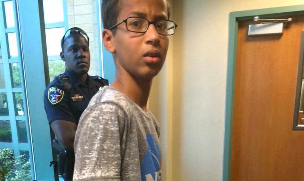 the social impact of the arrest of ahmed mohamed Since news of his arrest broke, including a picture of him looking confused and upset in the restraints, social media outrage has been overwhelming.