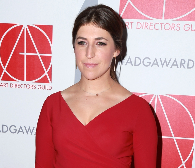 667bb55149c Mayim Bialik s Modesty Rules Were Actually Common Sense – Kveller