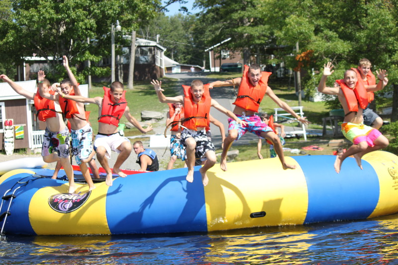 camp lake jewish singles Camp pembroke is an overnight jewish summer camp in massachusetts for girls ages 8-16 arts, sports, waterfront, special events, and much more.