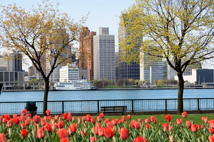 Detroit-Spring-000043547562_Small