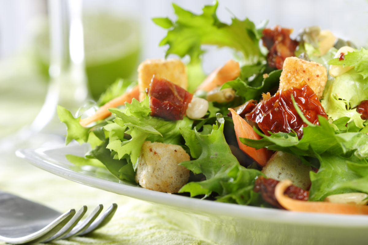 lettuce,carrot,croutons,pine-seeds,sun-dried tomato
