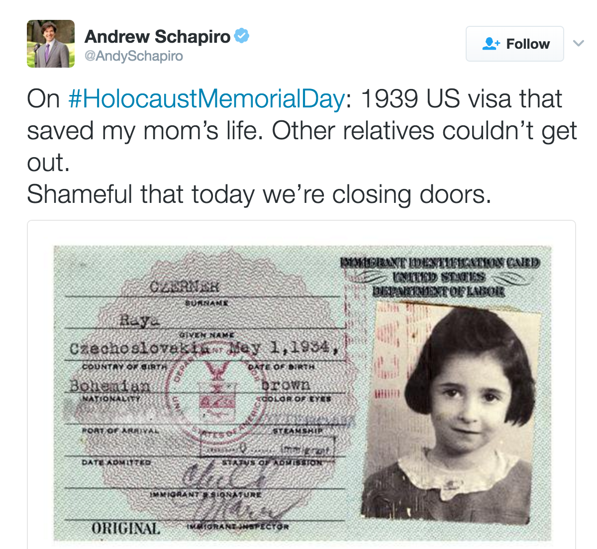 These Powerful Tweets & Photos for Holocaust Memorial Day
