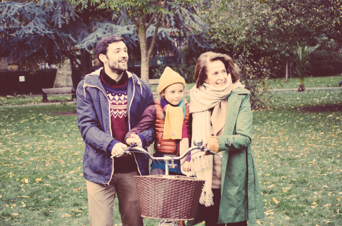 Happy family in the park - Vintage mood