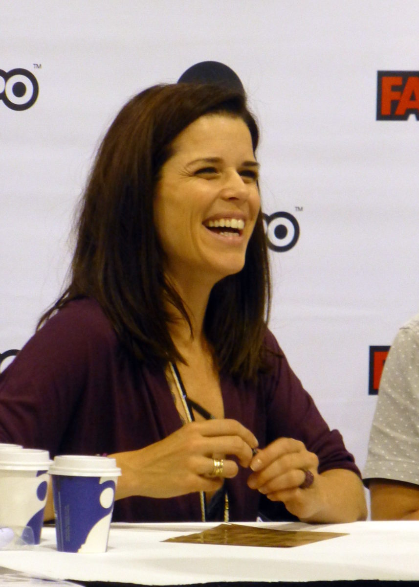Neve_Campbell_02_(21106492810)
