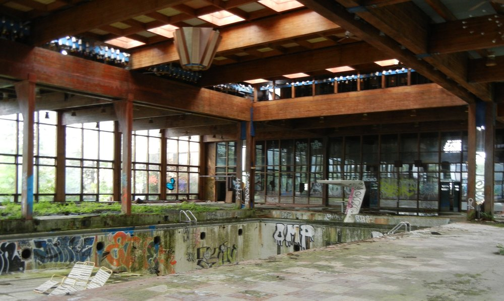Grossinger's abandoned swimming pool