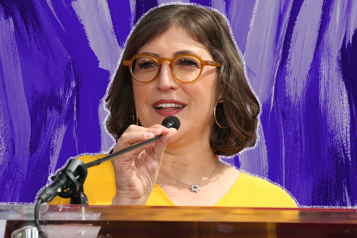 """HOLLYWOOD, CALIFORNIA - MAY 01: Actress Mayim Bialik from the cast of """"The Big Bang Theory"""" speaks onstage during the show's handprint ceremony at the TCL Chinese Theatre IMAX on May 1, 2019 in Hollywood, California. (Photo by Paul Archuleta/FilmMagic)"""